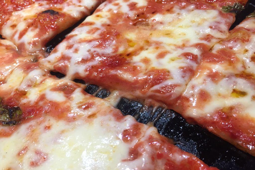 Fare la Pizza in Casa - Come Preparare una Pizza Perfetta.